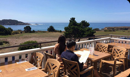 Flow Restaurant & Lounge - A Mendocino restaurant where exquisite